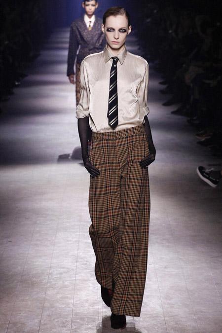 Dries Van Noten - широкие брюки в клетку, модные тенденции осень/зима 2016-2017