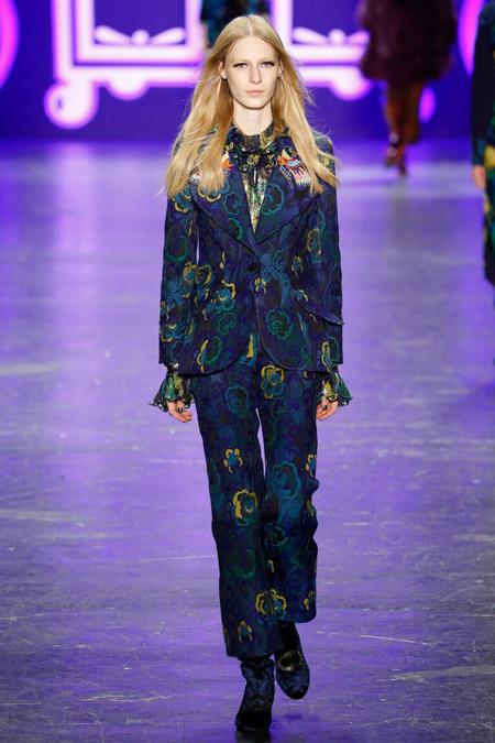 Anna Sui - брюки в цветах, модные тенденции осень/зима 2016-2017