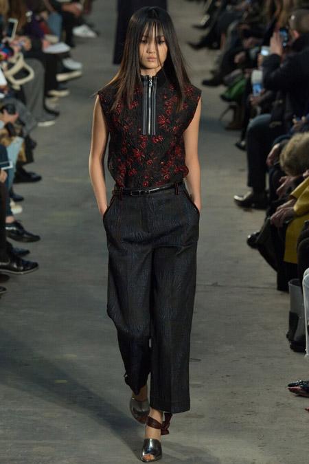 3.1Phillip Lim - широкие укороченные брюки, модные тенденции осень/зима 2016-2017