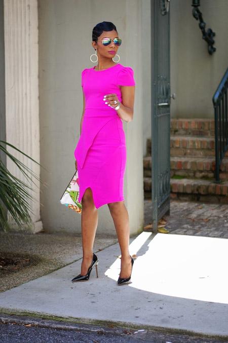 Платье цвета фуксии с чем носить
