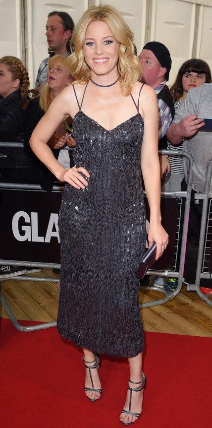 Элизабет Бэнкс в платье миди рисшитом блестками от Nina Ricci