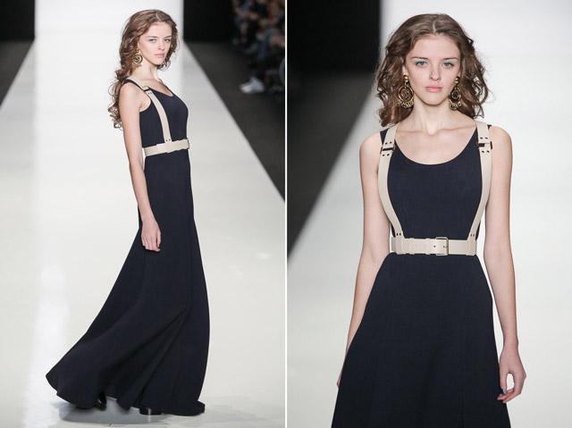 Модель в длинном платье и портупее
