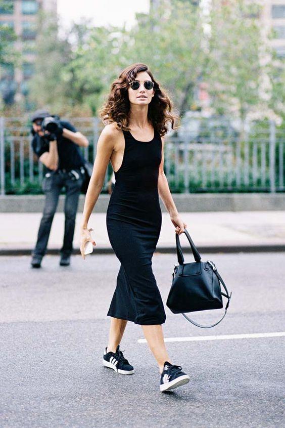 Vanessa Jackman в черном облегающем платье без рукавов