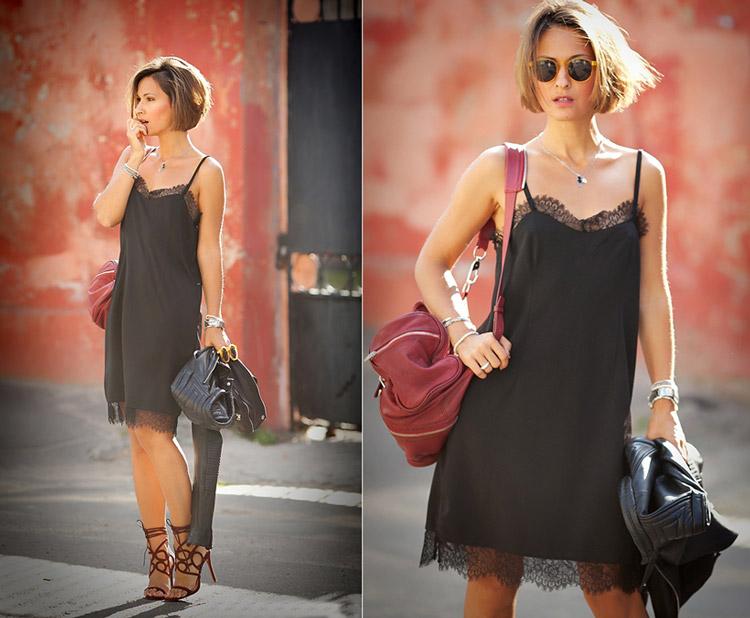 Девушка в черном платье-сорочке и босоножках