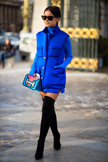 Мирослава Дума в синем пальто