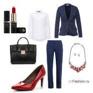 Офисный лук с брюками, блейзером и белой рубашкой