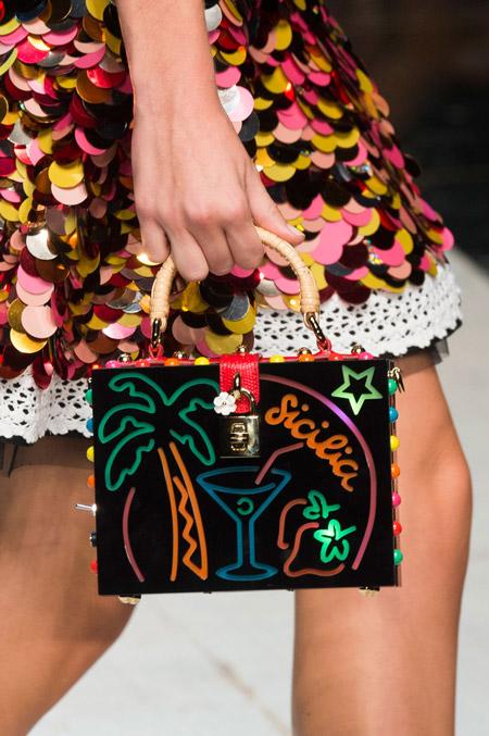 Сумка чемоданчик с пальмой от Dolce & Gabbana - модные сумки весна-лето 2017