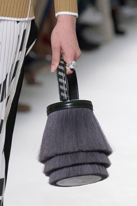 Сумка светильник от Hermes - модные сумки весна-лето 2017