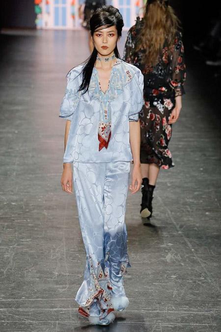 Anna Sui - Модные женские костюмы сезона весна/лето 2017