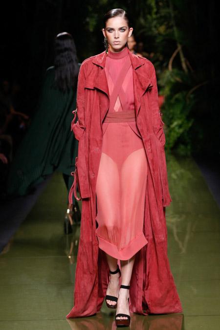 Balmain - модные женские пальто весна/лето 2017