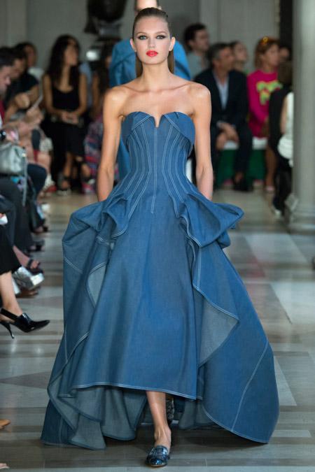 Carolina Herrera - модные вечерние платья сезона весна/лето 2017