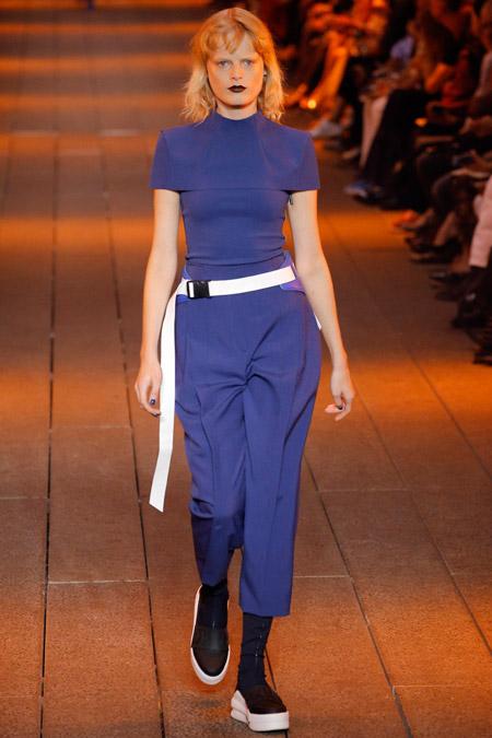 DKNY - Модные женские брюки весна/лето 2017, тенденции