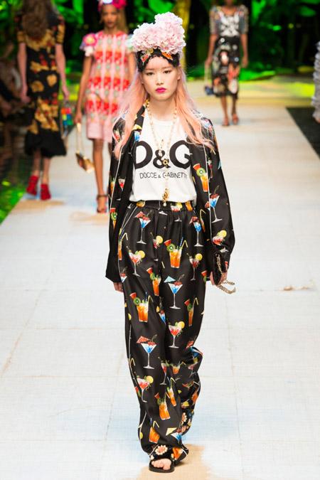 Dolce & Gabbana - Модные женские костюмы сезона весна/лето 2017