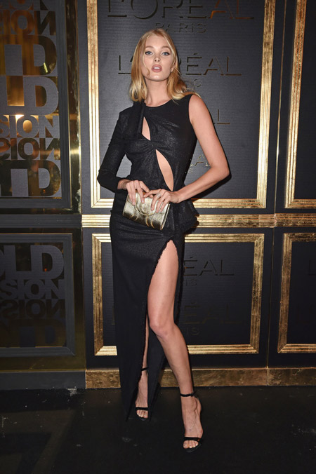 Эльза Хоск в платье от Versace, Париж 2016