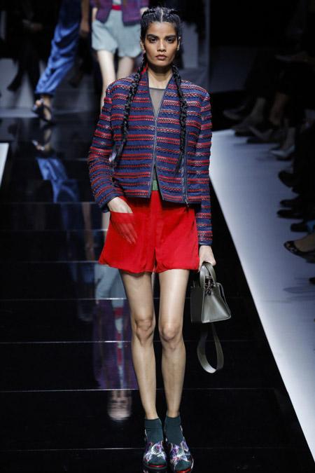 Emporio Armani - модные куртки весна/лето 2017, женские
