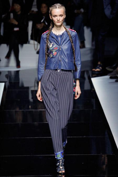 Emporio Armani - Модные женские брюки весна/лето 2017, тенденции