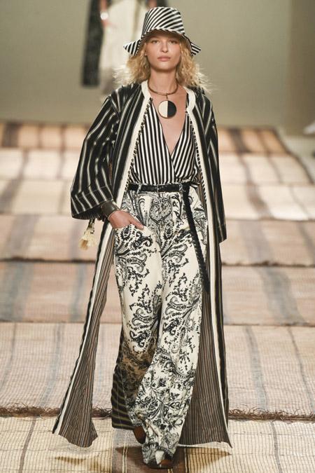 Etro - модные женские пальто весна/лето 2017