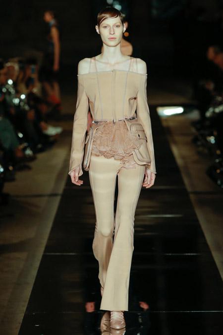 Givenchy - Модные женские брюки весна/лето 2017, тенденции