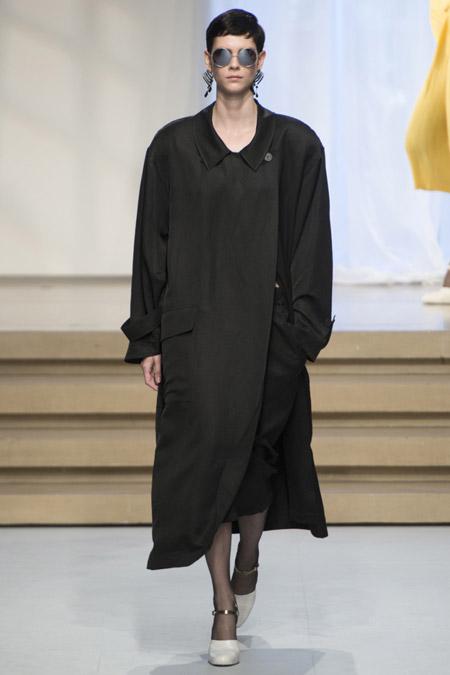 Jil Sander - модные плащи весна/лето 2017