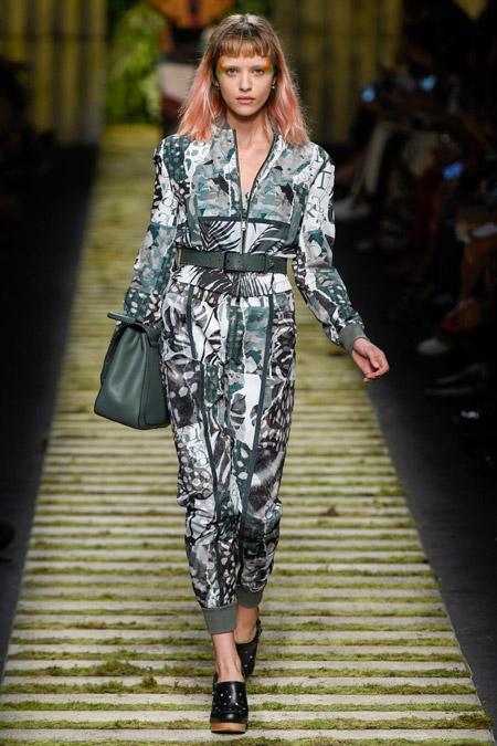 Max Mara - Модные женские костюмы сезона весна/лето 2017