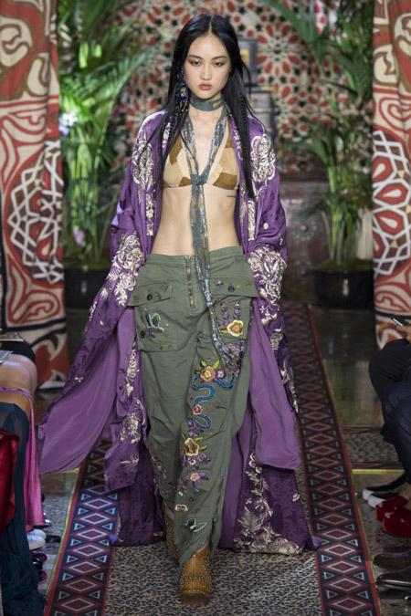 Roberto Cavalli - модные плащи весна/лето 2017