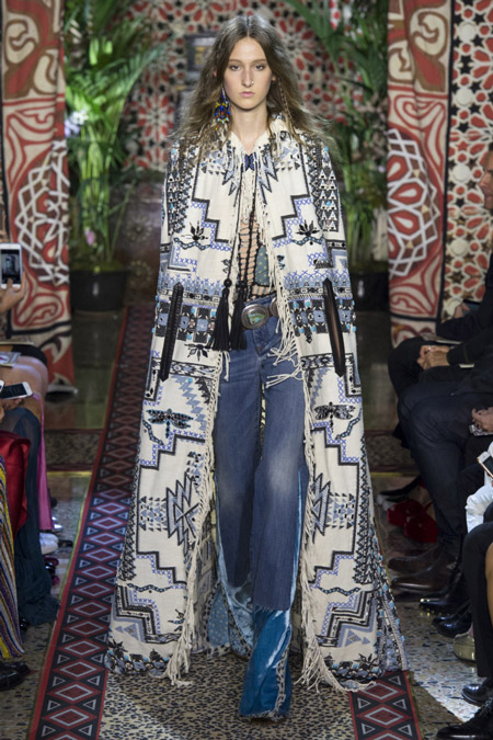 Roberto Cavalli - модные женские пальто весна/лето 2017