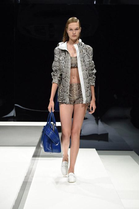 Tods - модные куртки весна/лето 2017, женские