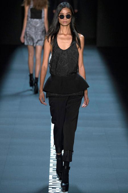 Vera Wang - Модные женские брюки весна/лето 2017, тенденции