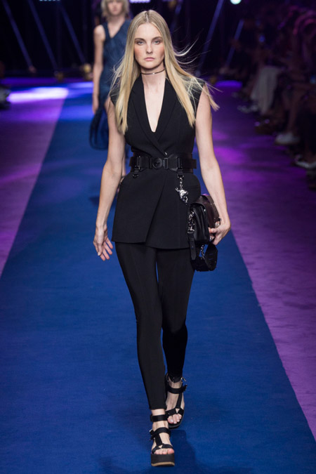 Versace - Модные женские костюмы сезона весна/лето 2017