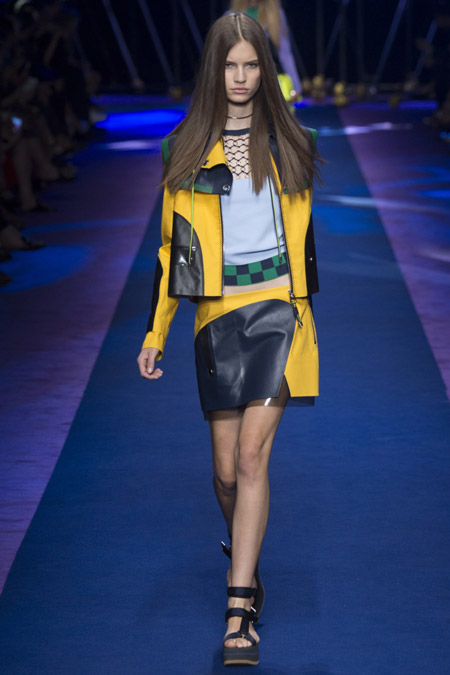 Versace - модные куртки весна/лето 2017, женские
