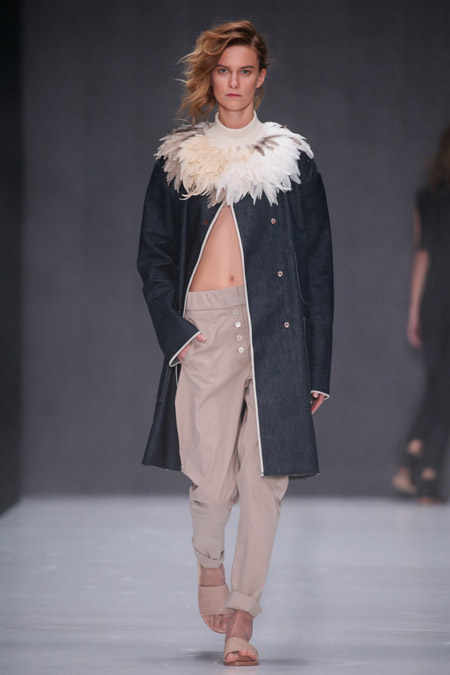 Yulia Nikolaeva - модные женские пальто весна/лето 2017