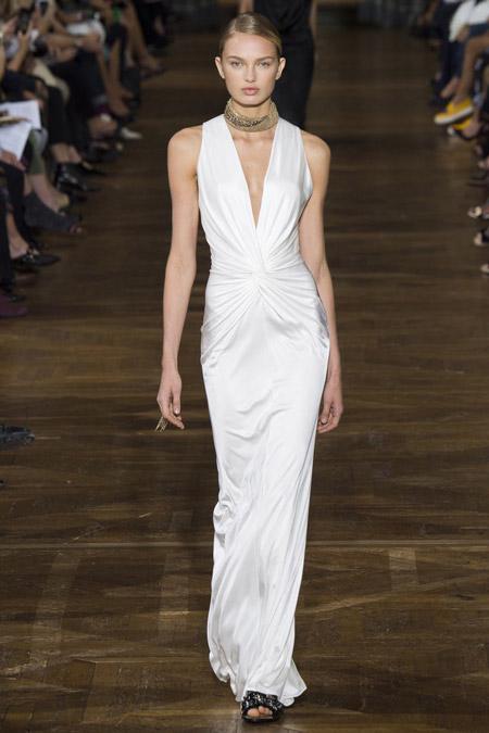 Белое вечернее платье от Lanvin, коллекция 2017 года
