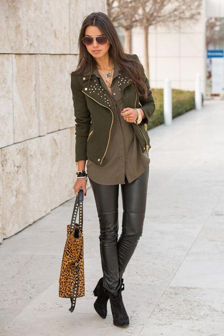 Девушка с леопардовой сумкой