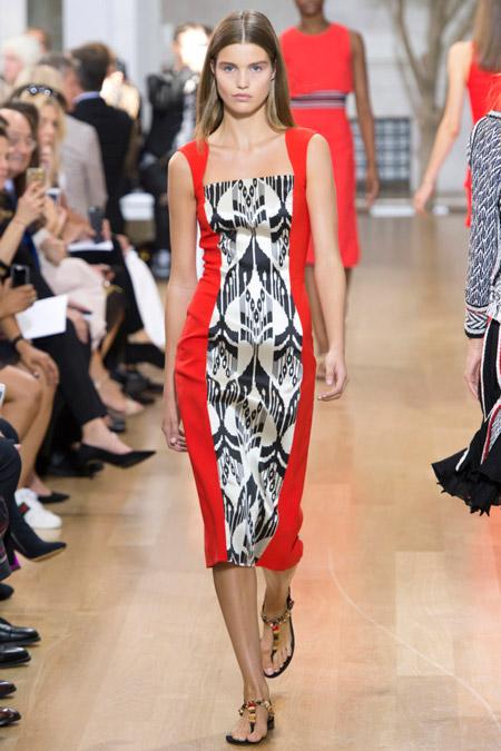 Модное платье футляр из весенне/летней коллекции Oscar de la Renta 2017 г.