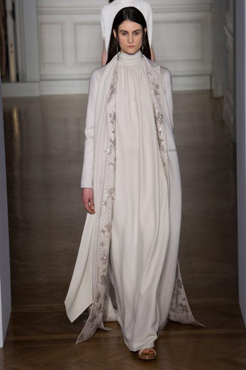 Белое платье от Valentino2 коллекция весна-лето 2017