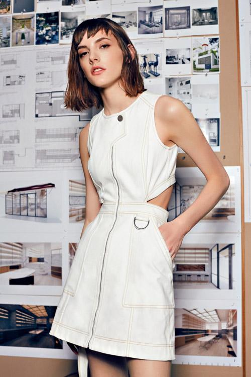 Девушка в белом платье от misha_nonoo коллекция весна-лето 2017