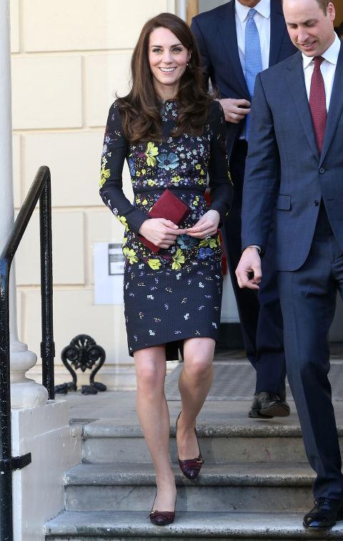 В платье от Erdem, Лондон январь 2017