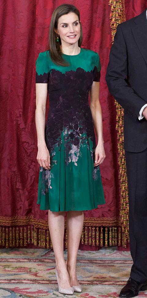 Корлева Летисия в изумрудном платье