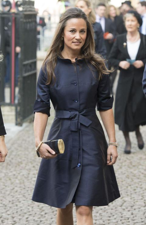 Пиппа Миддлтон в черном платье