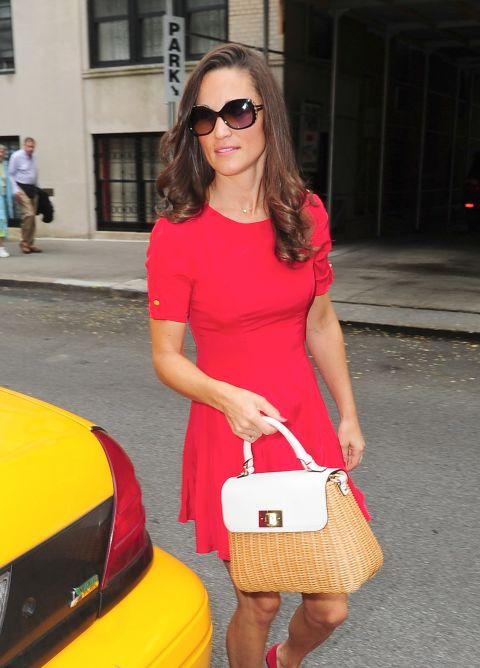 Пиппа Миддлтон в красном платье
