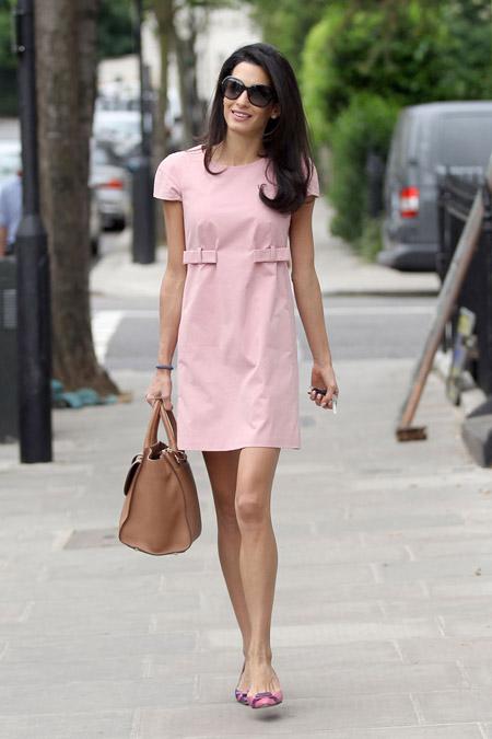 Амаль Клуни в розовом платье в Лондоне, май 2014