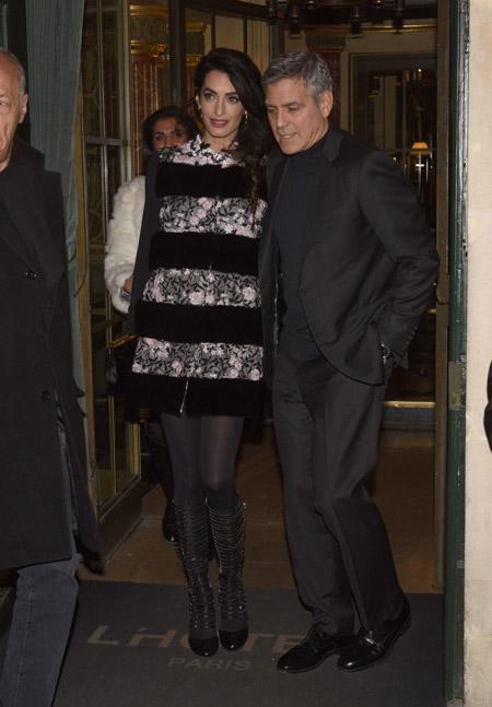 Амаль и Джордж Клуни, покидают отель в Париже, февраль 2017