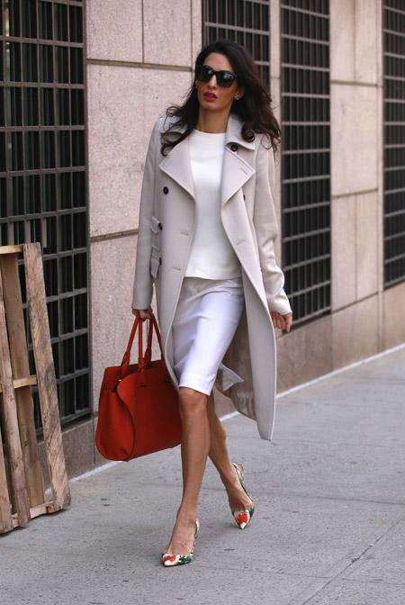 Амаль Клуни с сумкой от Tod's, Нью-Йорк апрель 2015