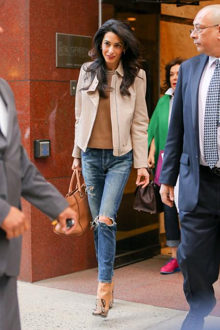 Амаль Клуни в Нью-Йорке, апрель 2015