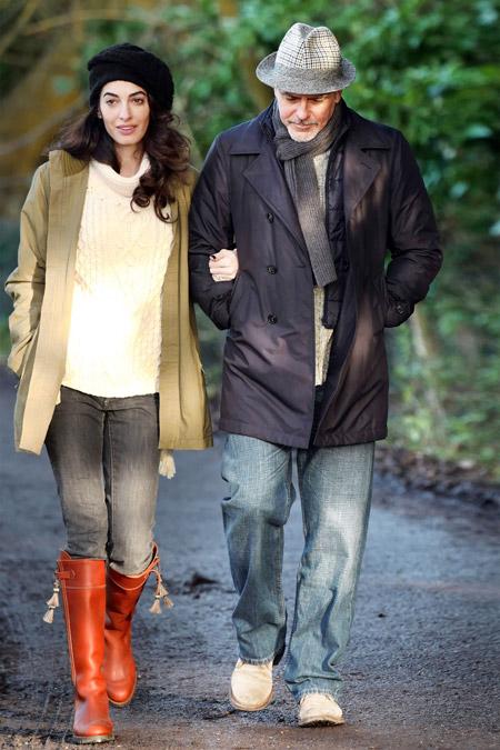 Амаль Клуни на прогулке с мужем, Соннинг, январь 2017