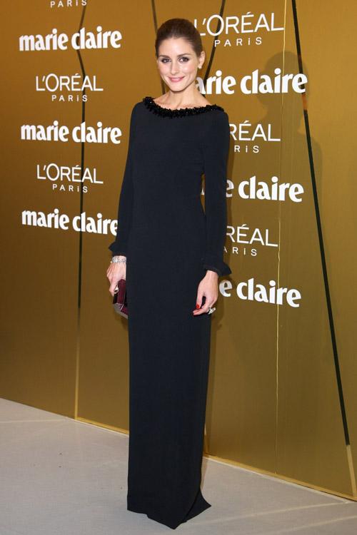 В элегантном платье от Marie Claire Prix de la Moda в посольстве Франции