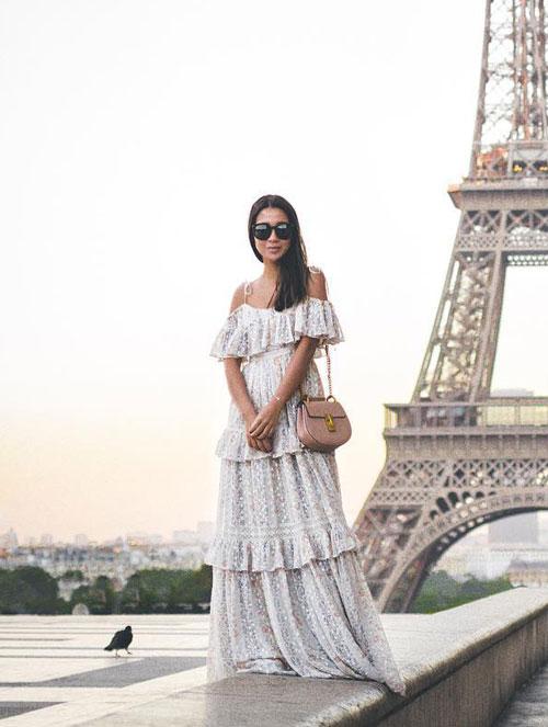 Модный блогер в сарафане с оборками wendyslookbook
