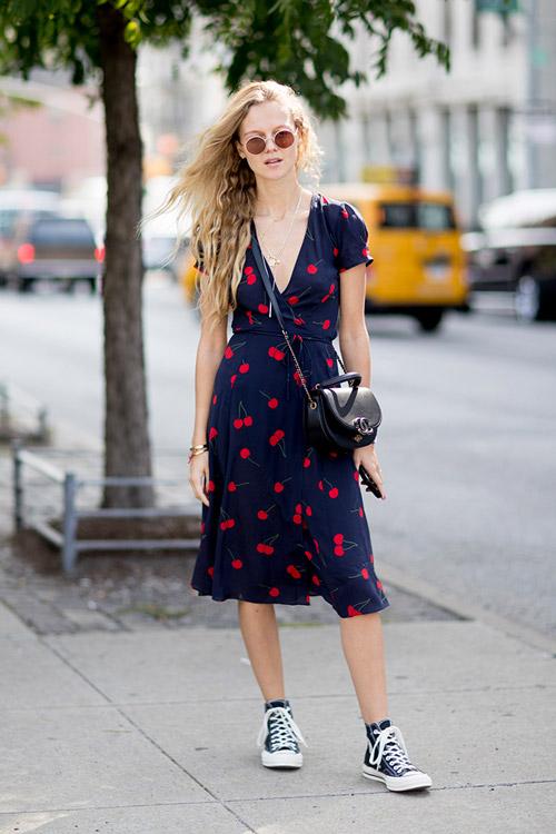Уличная мода Нью-Йорка во время показов весна/лето 2018 - фото 103