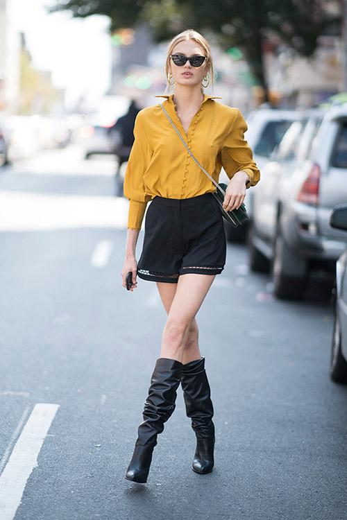 Уличная мода Нью-Йорка во время показов весна/лето 2018 - фото 37