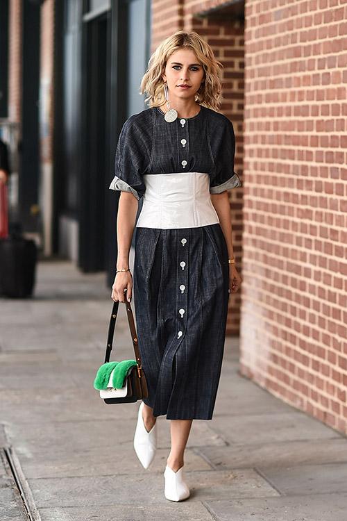 Уличная мода Нью-Йорка во время показов весна/лето 2018 - фото 41